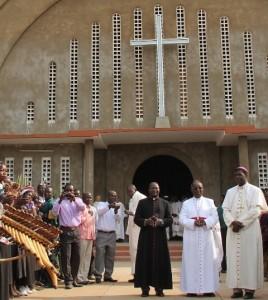 Noël 2012: L'Evêque de Doba revient au Tchad dans ACTUALITES 1350219815239-268x300