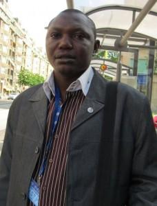 Renaud Dinguemnaial fait paraitre une œuvre littéraire sur Beral Mbaikoubou  dans CULTURE 542558_399663513419695_99329301_n1-228x300