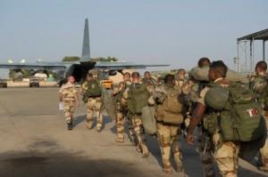 Opération Serva: le Tchad comme base militaire dans ACTUALITES e95db550-5d99-11e2-ba26-7bb7c7ac0ab0-493x328-300x199
