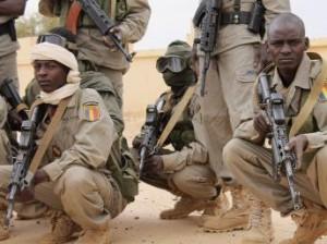 Mali : 1 800 soldats tchadiens à Kidal, comme un avant-goût de la Misma dans ACTUALITES 2013-01-31t094404z_339392357_gm1e91v1cn201_rtrmadp_3_mali-rebels_0-300x224
