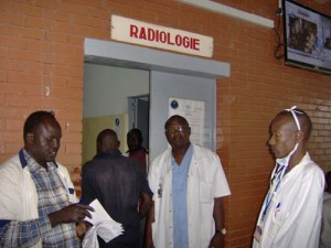 Le Tchad envoie 150 étudiants en médecine à Cuba dans ACTUALITES photo_article_radio-69f91-300x225