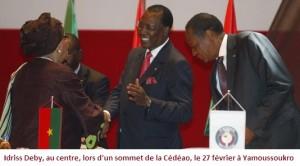 Le président Idriss Déby veut faire du Tchad un acteur majeur en Afrique dans ACTUALITES 1844303_3_ab72_idriss-deby-au-centre-lors-d-un-sommet-de-la_20975859d4fbd8a074da528ad1c4d71c-300x166