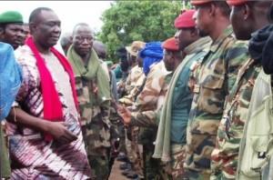 Centrafrique : La Séléka accepte la mise en place d'un processus de transition démocratique dans ACTUALITES djotodia-et-nourredine-300x198