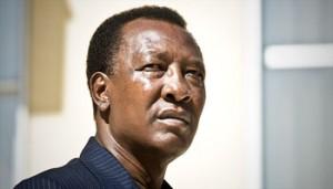 Tchad : Idriss Déby Itno ulcéré dans ACTUALITES 010062013115522000000ja2735p009-300x171