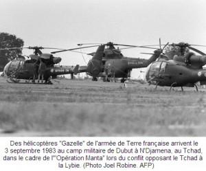 Le Tchad, plaque tournante des opérations françaises dans ACTUALITES 541126-des-helicopteres-gazelle-de-l-armee-de-terre-francaise-arrivent-le-3-septembre-1983-au-camp-militair-300x249