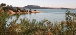 Tchad: Le lac Ounianga inscrit au patrimoine de l'UNESCO  dans ACTUALITES 82-1-tchad-ennedi-lac-ounianga-serir-06-300x140