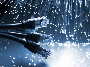 L'Etat tchadien cherche des partenaires pour développer son réseau de fibre optique dans ACTUALITES fibreoptique-300x225