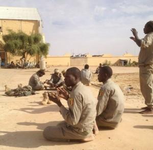 Mali: que sont devenus les soldats tchadiens de Gao?  dans ACTUALITES soldats-tchadiens-a-gao-le-27-janvier-20131-300x294