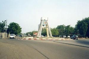 Tchad : Des chefs d'entreprises françaises à l'assaut du marché tchadien dans ACTUALITES rond-point-centenaire-ndjamena-300x200
