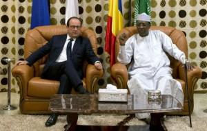 Visite de Hollande au Tchad : installation du dispositif Barkhane dans ACTUALITES 4013419_deby-hollande-300x191